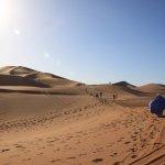 Promenade dans les dunes Chegaga.