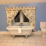 room10 shower & bath