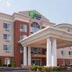 Foto de Holiday Inn Express & Suites Middleboro Raynham