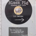 directional sign to The Black Pig