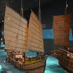 Huge, very detailed ship models. Only one floor allows photography.