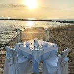 Romantisches Dinner am Strand möglich!