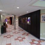 Foto Days Inn & Suites Columbus East Airport