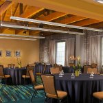Cypress/Magnolia Meeting Room - Banquet Setup