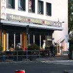 Monkeys Nudels Bar