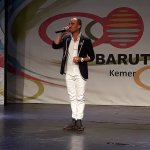 Marut on the outdoor stage