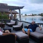 Foto de Bluewater Maribago Beach Resort