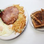 Ham, Eggs, Hashbrowns & Toast @ the Guaranty Café
