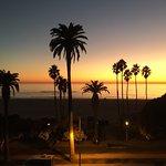 Hotel Shangri-La Santa Monica Photo