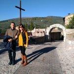 Photo de Torri di Properzio e Porta Venere