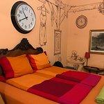 Lavender Circus Hostel fényképe