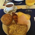 petit déjeuner varié et très copieux