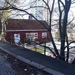 Hønse-Lovisas hus.