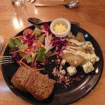 Foto de Tartine Restaurant at The Distillers Arms