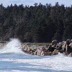 Splashing waves!