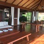 Photo de Paresa Resort Phuket