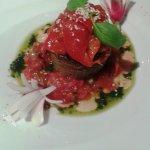 Flan d'aubergine, poivrons au four, concassé de tomates