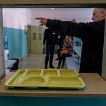 Le réfectoire de la prison -