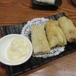 Fried crispy shrimp & mango salad rolls