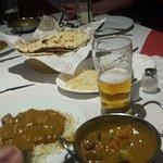 Foto de Gandhi Indian Tandoori Restaurant