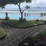 Photo de The Rishi Candidasa Beach Hotel
