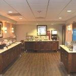 Photo de Hampton Inn & Suites Navarre