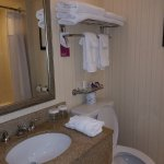 Photo de Crowne Plaza Hotel Louisville-Airport KY Expo Center