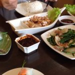 rice paper roll, calamaries, beef and chicken