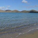 Feiner Sand und klares Wasser