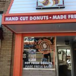 Do Not MISS Mr. Bob's Donuts. Get an Apple Ugly and share!