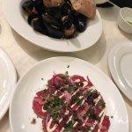 2ieme repas avec réservation pour un samedi : rillettes de barramundi, moules et carpaccio. il n