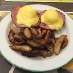 Eggs Benny & Breakfast Spuds