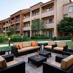 Courtyard Bakersfield Foto