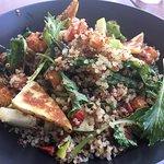 Quinoa & haloumi