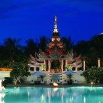 Mandalay Hill Resort Hotel Pool