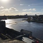 The Limerick Strand is conveniently located on the Shannon. It is located a 10 minute walk from