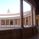 Foto di Palace of Carlos V