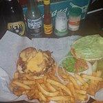 Foto de Surf Shack Burgers & Wings