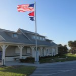 The Apollo Beach visitor center has running water, flush toilets, and vending machines