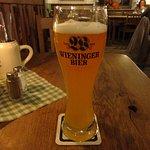 ビールは隣町のベルヒテスガーデンの醸造所のもの
