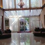 Zdjęcie Universal Palms Hotel
