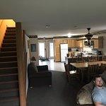 Foto de Grizzly Jack's Grand Bear Resort