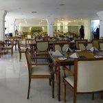 Photo de Araliya Green Hills Hotel