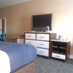 TV Area, King Size Room, Boardwalk Inn, Kemah, Texas