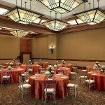 Photo de Sheraton Grand Sacramento Hotel