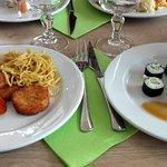 Sushi, maki, nouilles sautées (froides) magret de canard, galettes de pommes de terre