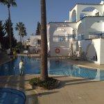 Petrosana Hotel Apartments resmi