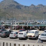 overlooking the harbour and stalls to buy African art and souvenirs.
