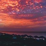 Superbe coucher de soleil à la plage
