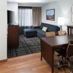 Suite Desk Living Room